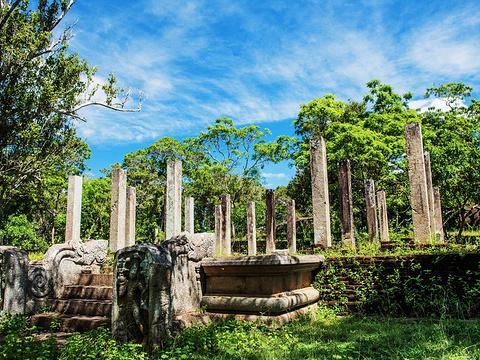 库塔姆博库纳双子池旅游景点图片