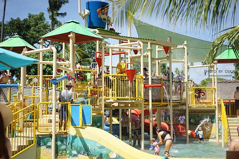 巴厘岛泡泡水上乐园的图片