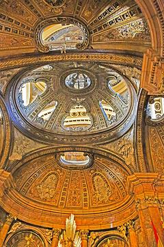 皮拉尔圣母大教堂旅游景点攻略图