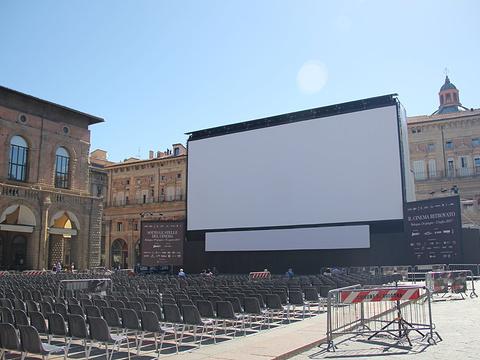 马乔列广场旅游景点图片