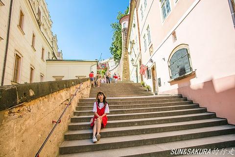 新城堡阶梯