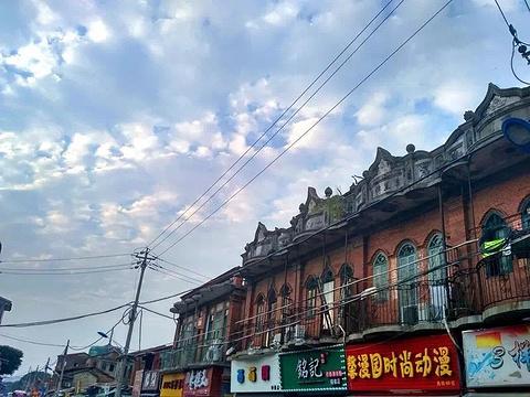 西街旅游景点图片