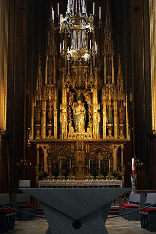 """""""第三天早上乘火车离开之前,我们有时间四处逛逛,就进去观赏了维也纳奥古斯丁教堂,哈布斯堡王朝的皇家教堂_奥古斯丁大教堂""""的评论图片"""