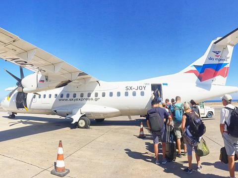 埃勒弗瑟里奥斯韦尼泽罗斯国际机场旅游景点图片
