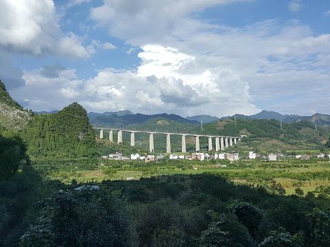 阳朔高铁站旅游景点图片