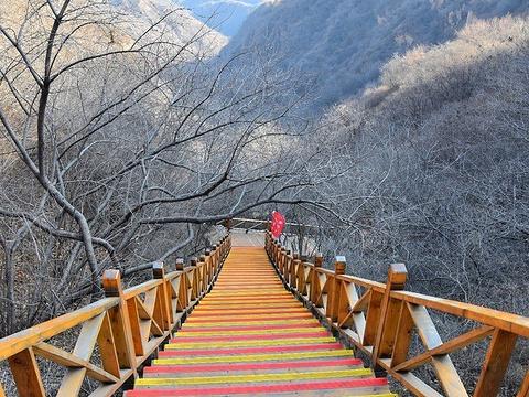 红崖谷旅游景点图片