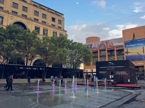 曼德拉广场旅游景点图片