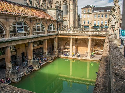 罗马浴场旅游景点图片