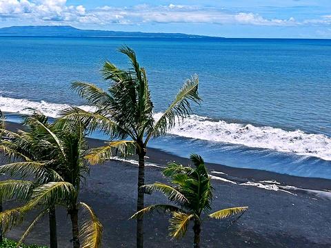 黑沙滩旅游景点图片