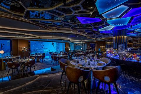 亚特兰蒂斯·奥西亚诺海底餐厅