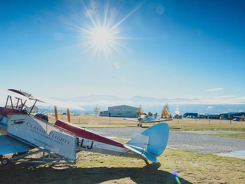瓦纳卡开飞机体验旅游景点图片