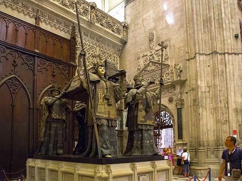 哥伦布之墓旅游景点图片