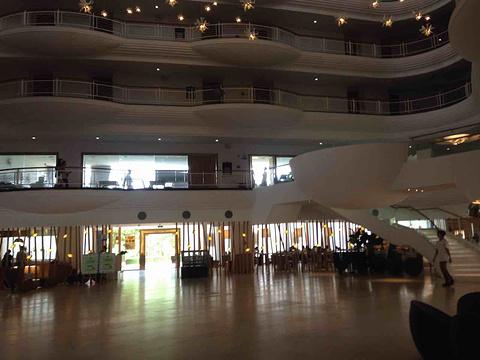 雅兰酒店咖啡厅旅游景点攻略图