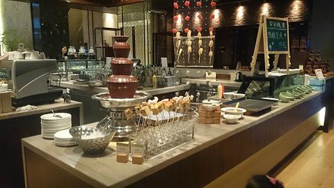 世茂希尔顿逸林酒店開餐厅旅游景点攻略图