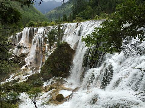 诺日朗瀑布旅游景点攻略图