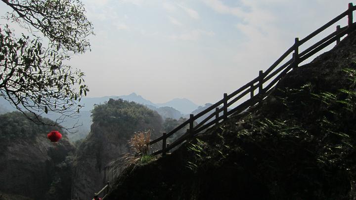 """""""对于武夷山这样一个景点众多的景区,天游峰和九曲溪是江南山水的精华,游玩的性价比还是很高的_天游峰""""的评论图片"""