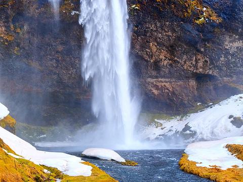 黑瀑布旅游景点图片