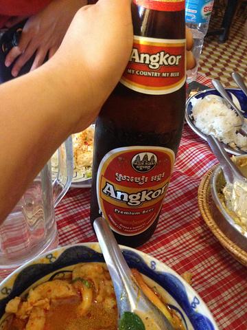 """""""晚餐是我们在旅途上碰到一个美食达人向我们极力推荐的amok餐厅。他们的芝士焗饭也很好吃_Amok Restaurant""""的评论图片"""