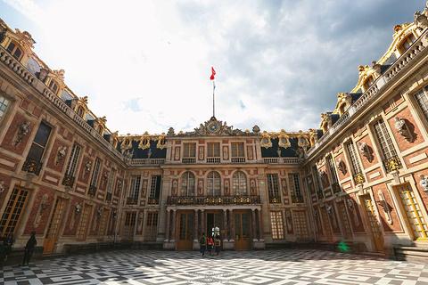 凡尔赛宫的图片