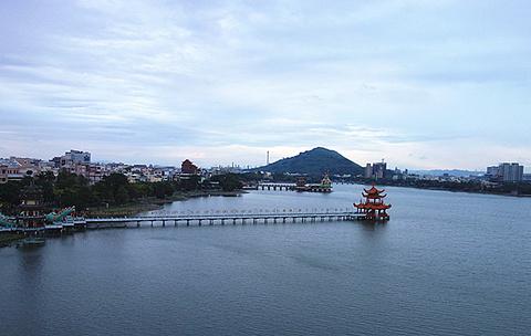 莲池潭旅游景点攻略图