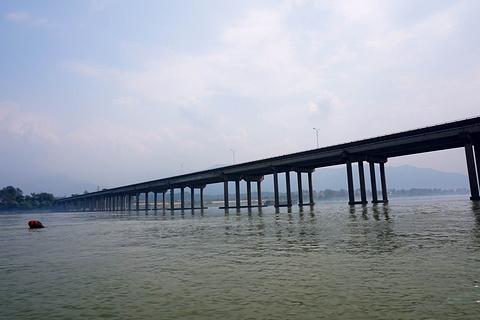 富春江漂流