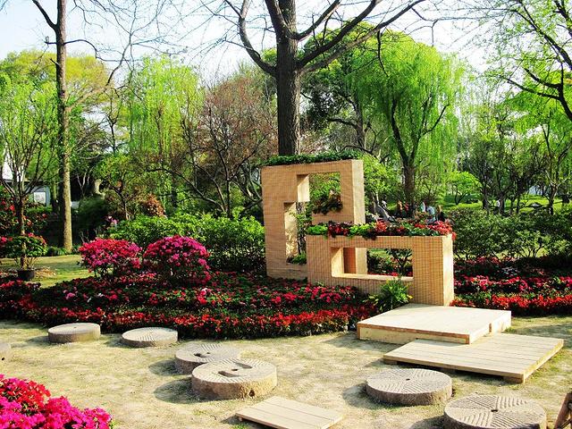 """""""拙政园是苏州最有名气的园林和景点。作为苏州乃至于全国最完善,最有名气的园林之。随便一拍都是美景_拙政园""""的评论图片"""