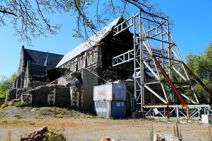 """""""...tynes是新西兰最古老的百货公司_基督城大教堂""""的评论图片"""