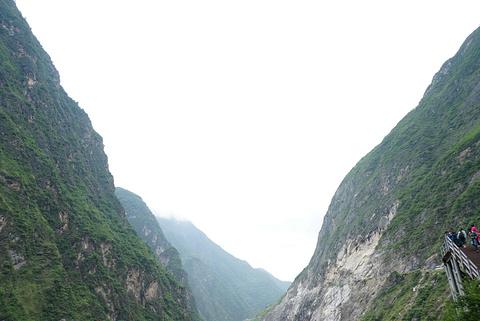 虎跳峡旅游景点攻略图