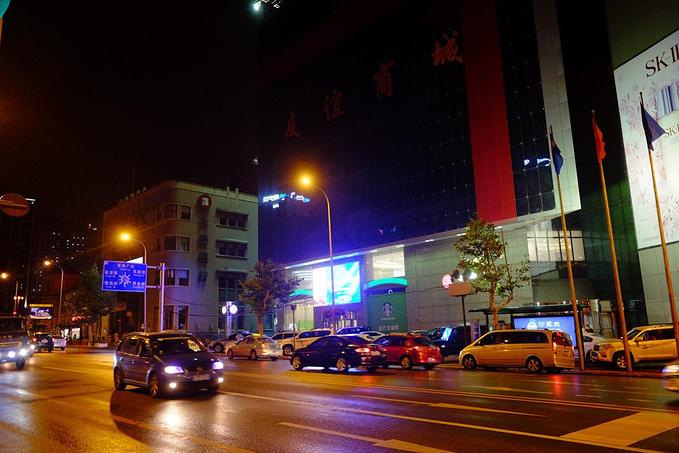 16路双层观光巴士尽享大连夜色图片