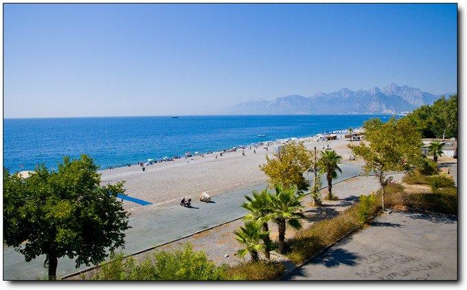 拉拉海滩图片