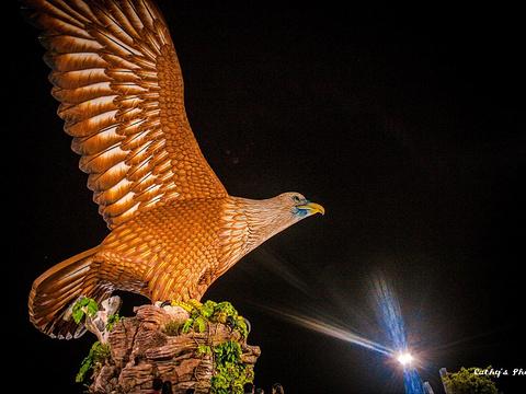 巨鹰广场旅游景点图片