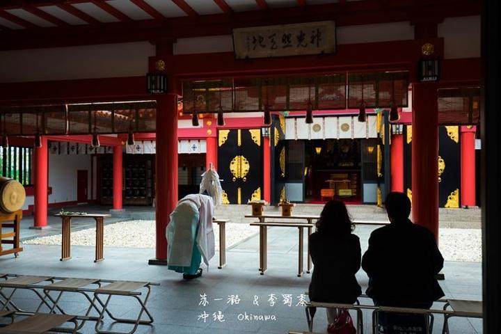 """""""很多人来此求签,或者挂上绘马祈愿_波上宫""""的评论图片"""