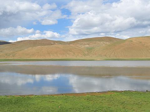 哲古湖旅游景点图片