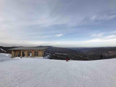 塞北多乐美地滑雪场旅游景点图片