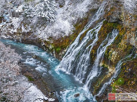 白胡子瀑布旅游景点图片