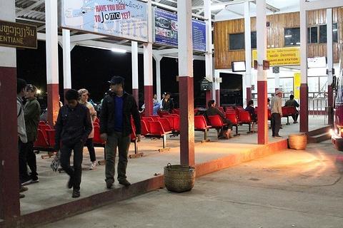 琅勃拉邦长途汽车站旅游景点攻略图