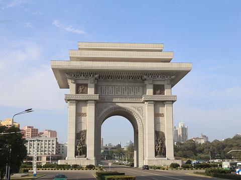 朝鲜凯旋门旅游景点图片