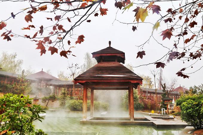 秋冬时节,来威海泡温泉才是最佳选择!
