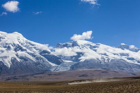 慕士塔格冰山的图片