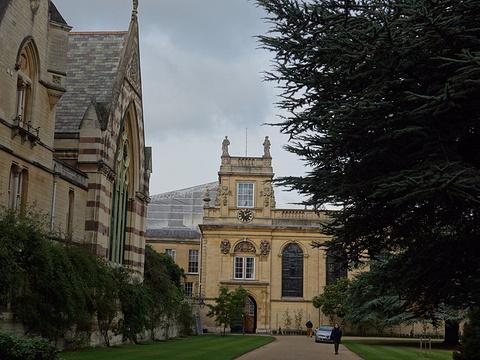 牛津贝利奥尔学院旅游景点图片