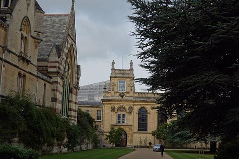牛津贝利奥尔学院