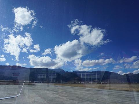 迪庆香格里拉机场旅游景点图片