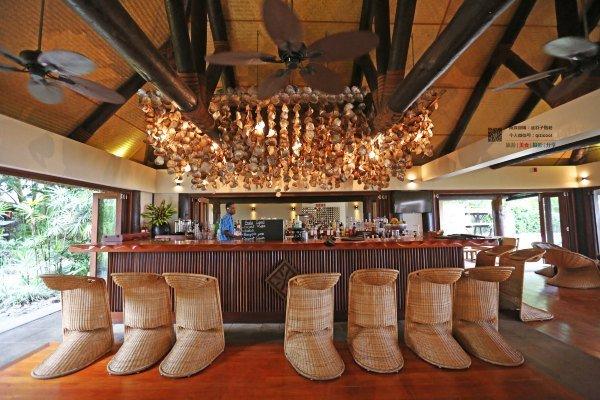 造型独特的酒吧图片