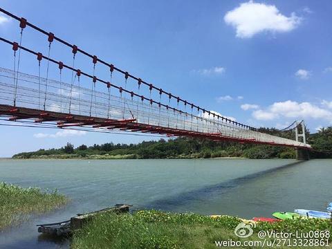 港口吊桥的图片