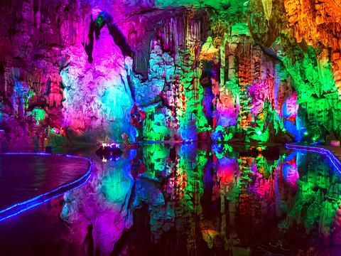 宝晶宫国际旅游度假区旅游景点图片