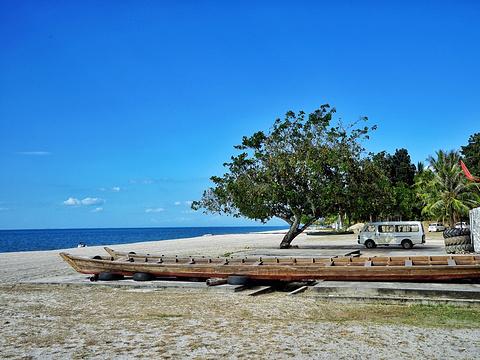 丹绒鲁海滩