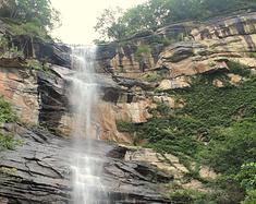 这里风景秀丽但危机四伏,就是有山有水还有瀑布的大悟三天门!