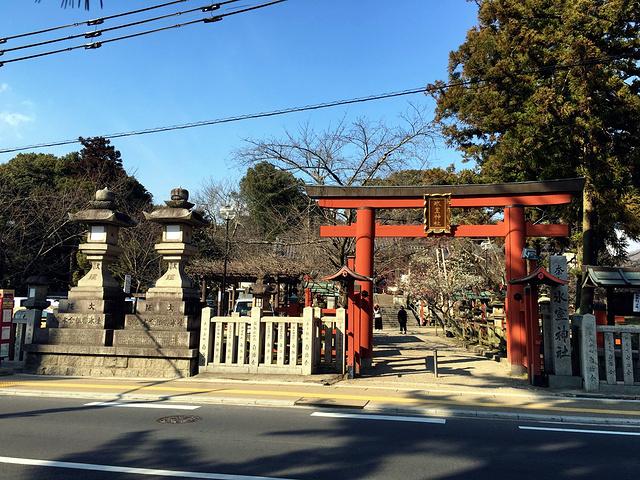 """""""它的位置也非常容易站,其实就在奈良公园的对面马路,从近铁奈良站步行过去,也仅仅需要10分钟的时..._冰室神社""""的评论图片"""