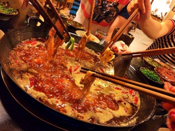 重庆火锅和成都火锅图片
