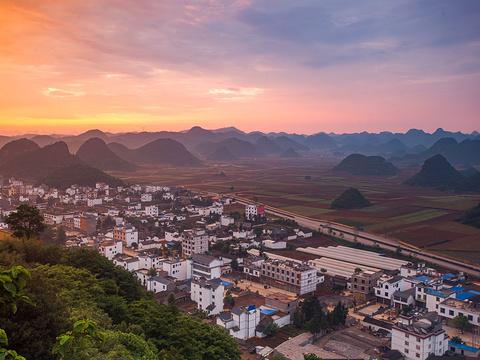 金鸡峰丛旅游景点图片